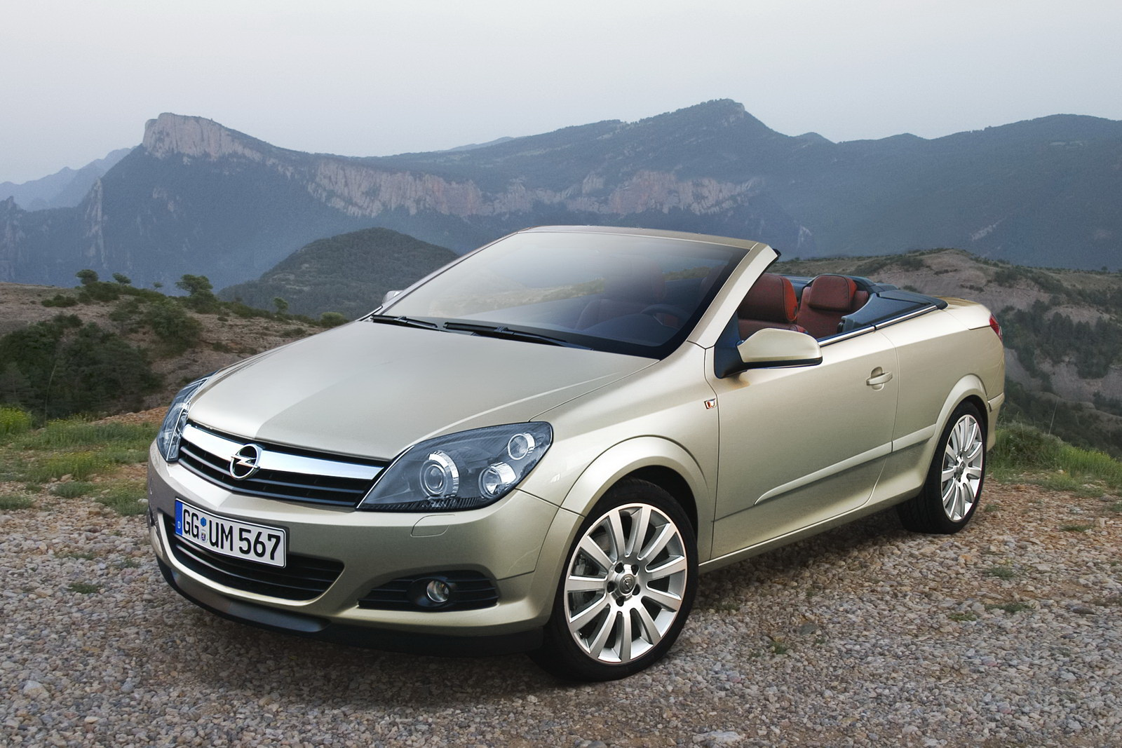 Opel cabriolet photo - 1