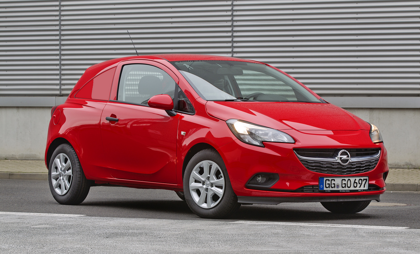 Opel corsavan photo - 2