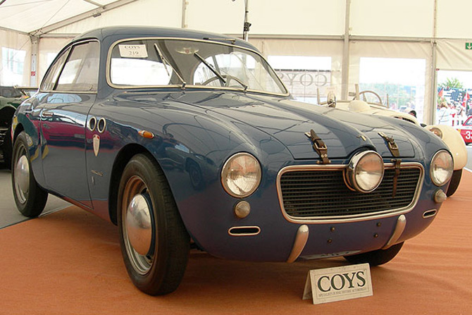 Panhard 750 photo - 2