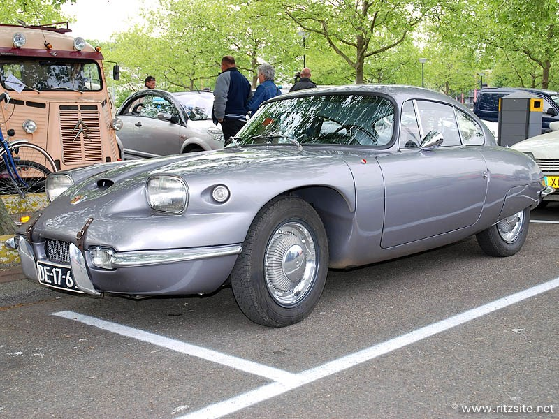 Panhard coupe photo - 5