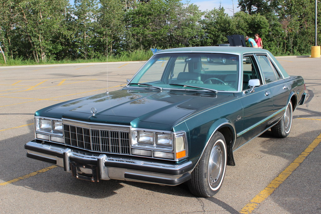 Plymouth caravelle photo - 3