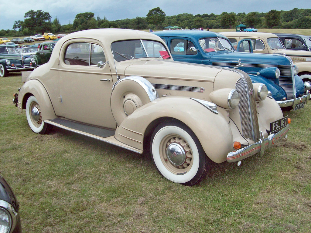 Pontiac Deluxe Photo And Video Review Comments 1941 Silver Streak Coupe 9