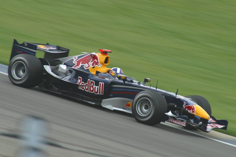 Red bull rb2 photo - 1