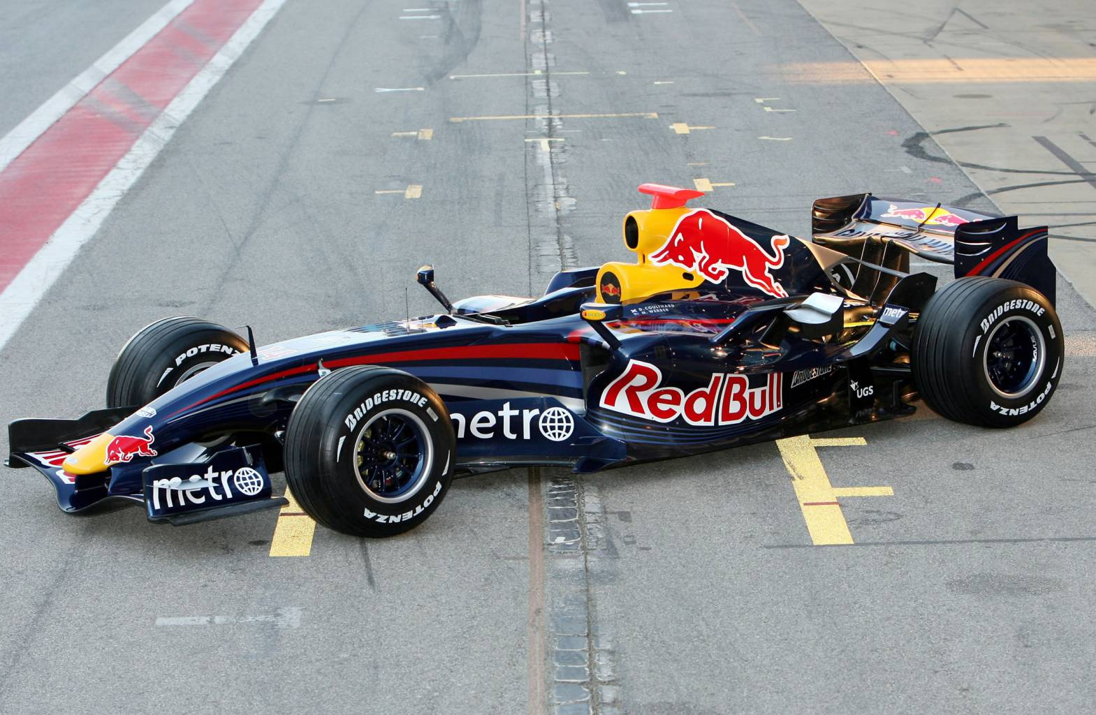 Red bull rb3 photo - 2