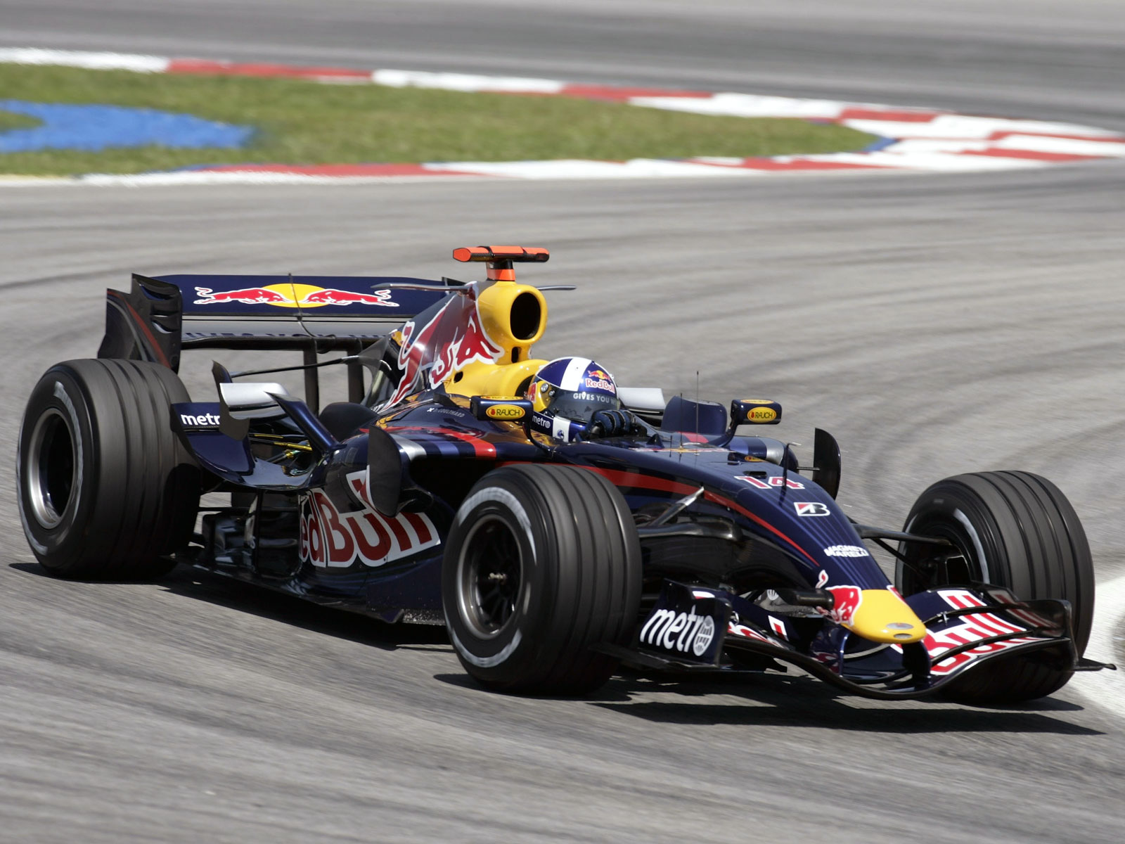 Red bull rb3 photo - 9
