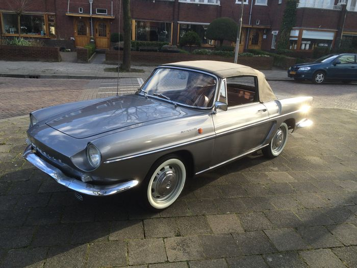 Renault caravelle photo - 3