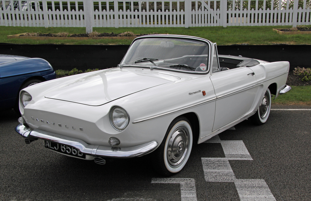 Renault caravelle photo - 7