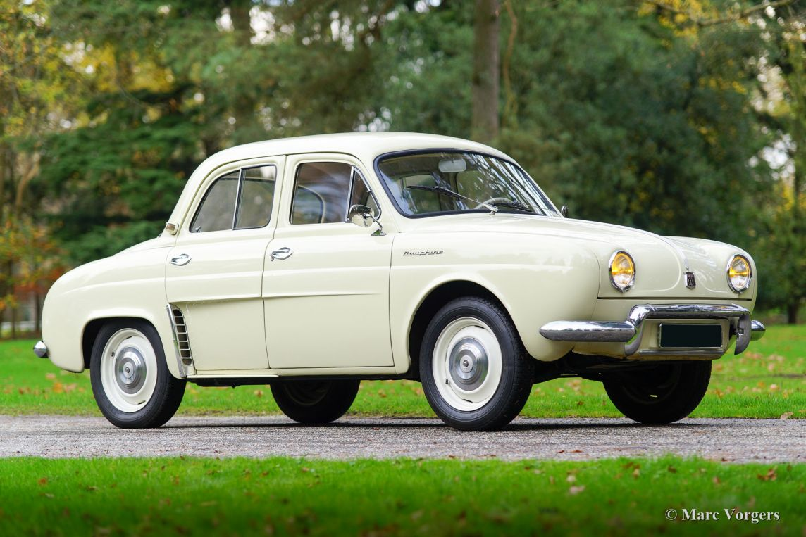 Renault dauphine photo - 3