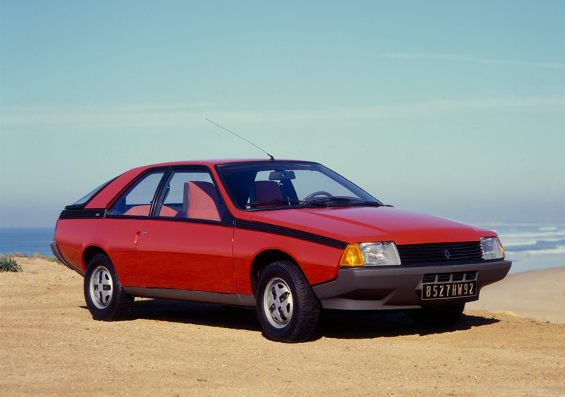 Renault fuego photo - 3