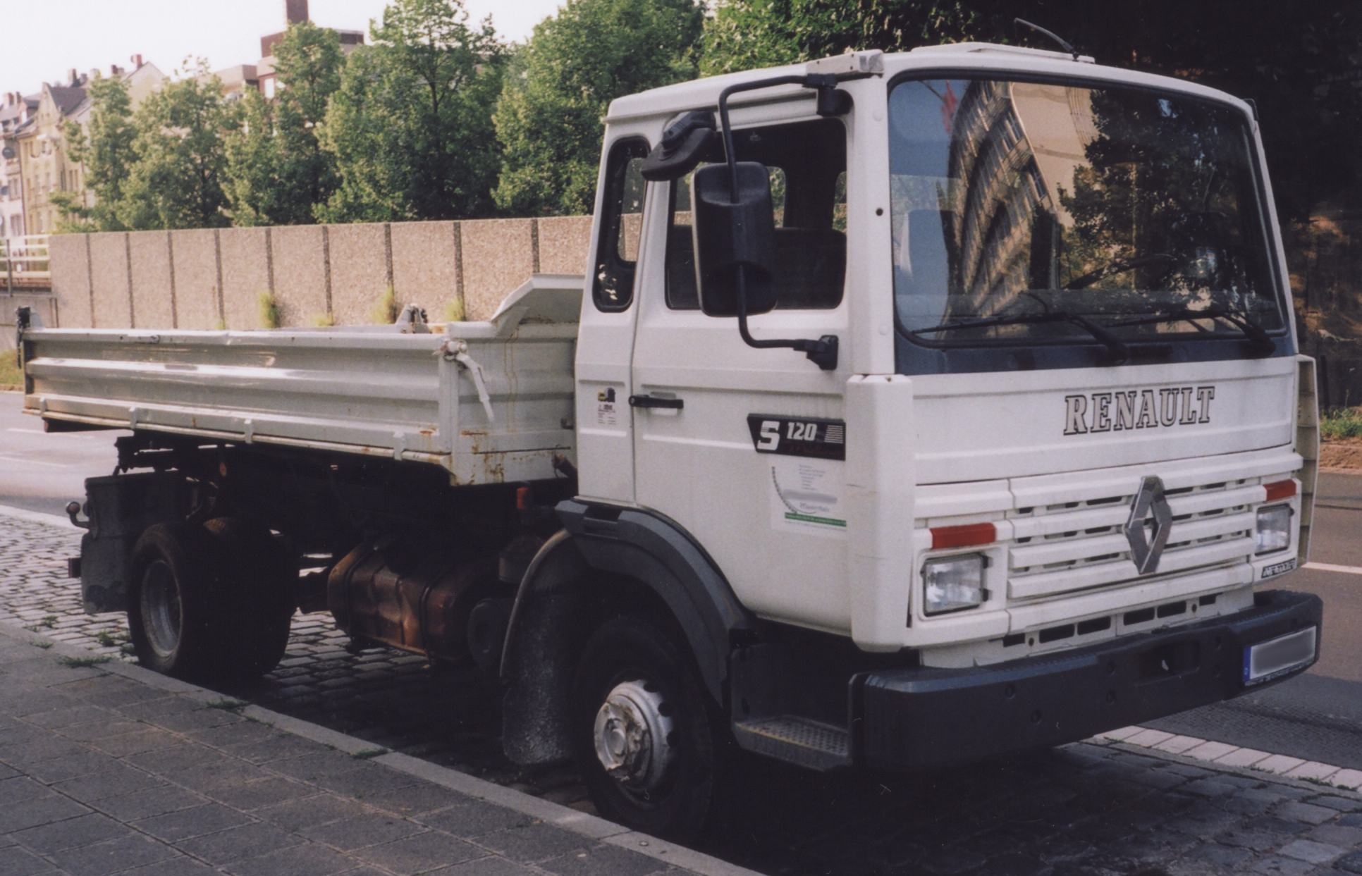 Renault midliner photo - 1