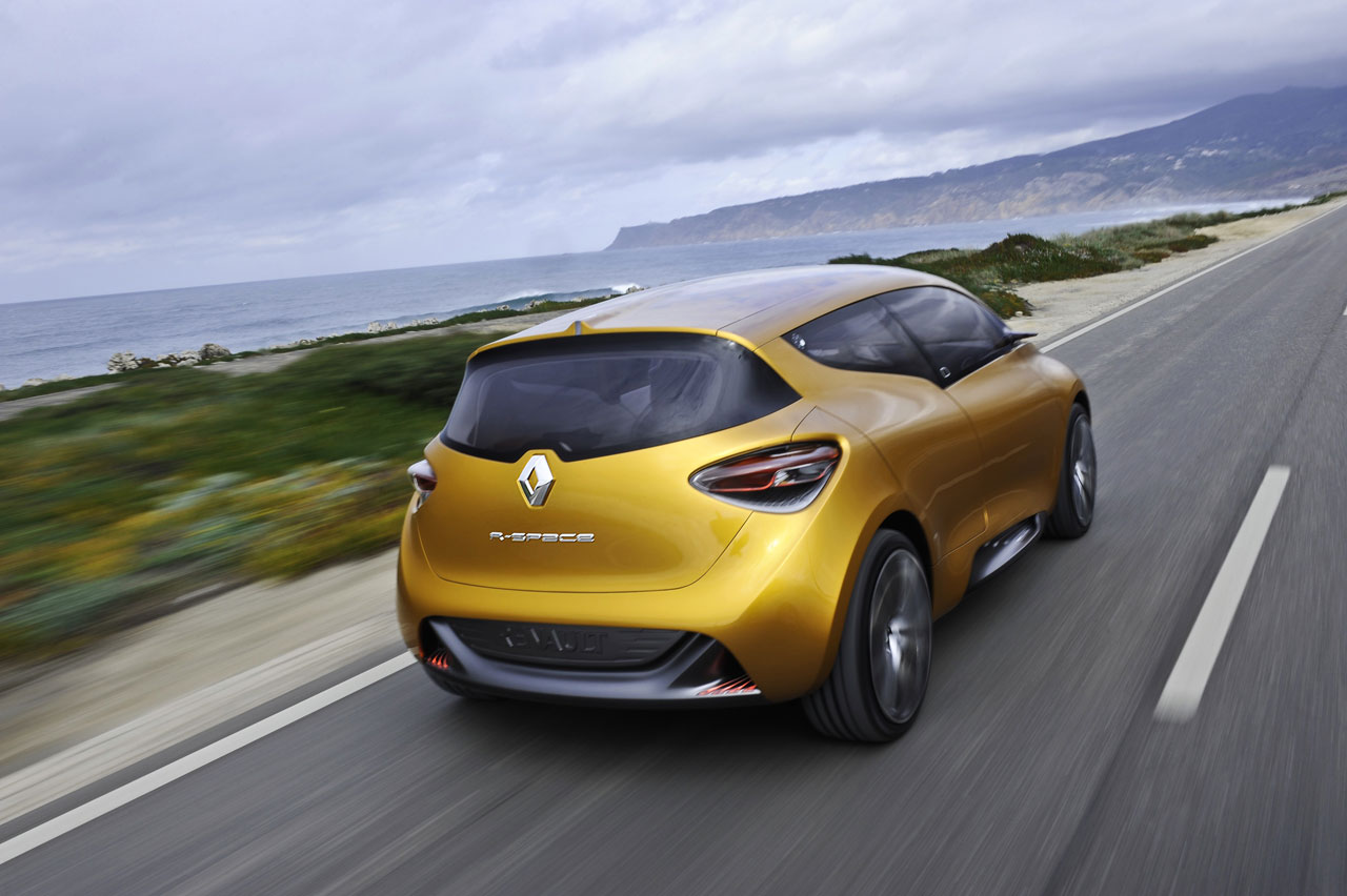 Renault r-space photo - 3
