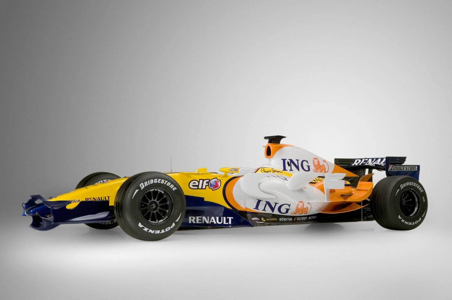 Renault r28 photo - 6