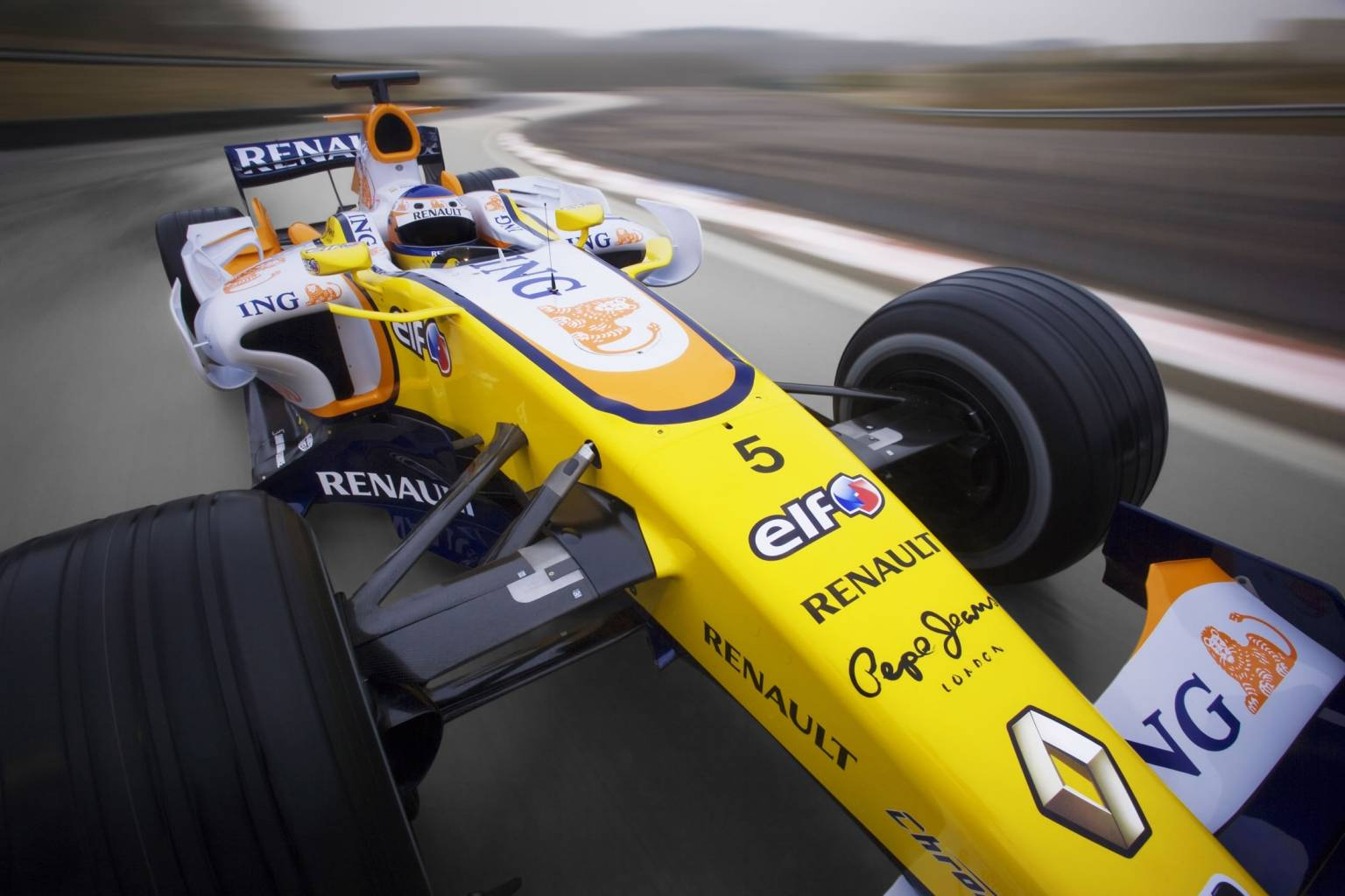 Renault r28 photo - 9