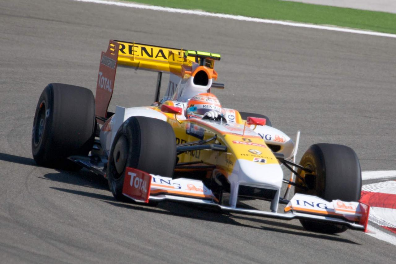Renault r29 photo - 9