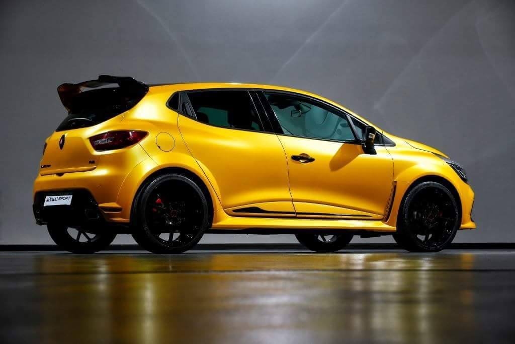 Renault rs photo - 2