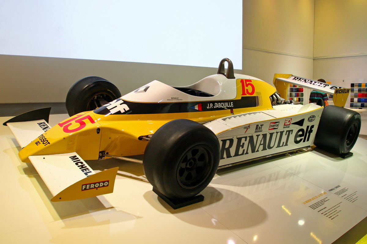 Renault rs10 photo - 10