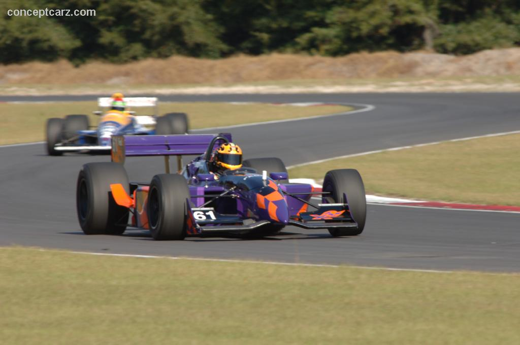 Reynard car photo - 6