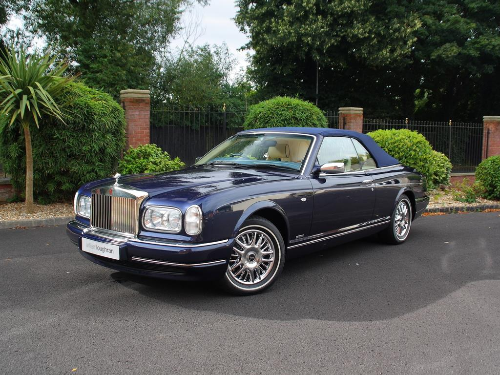 Rolls royce corniche photo - 3