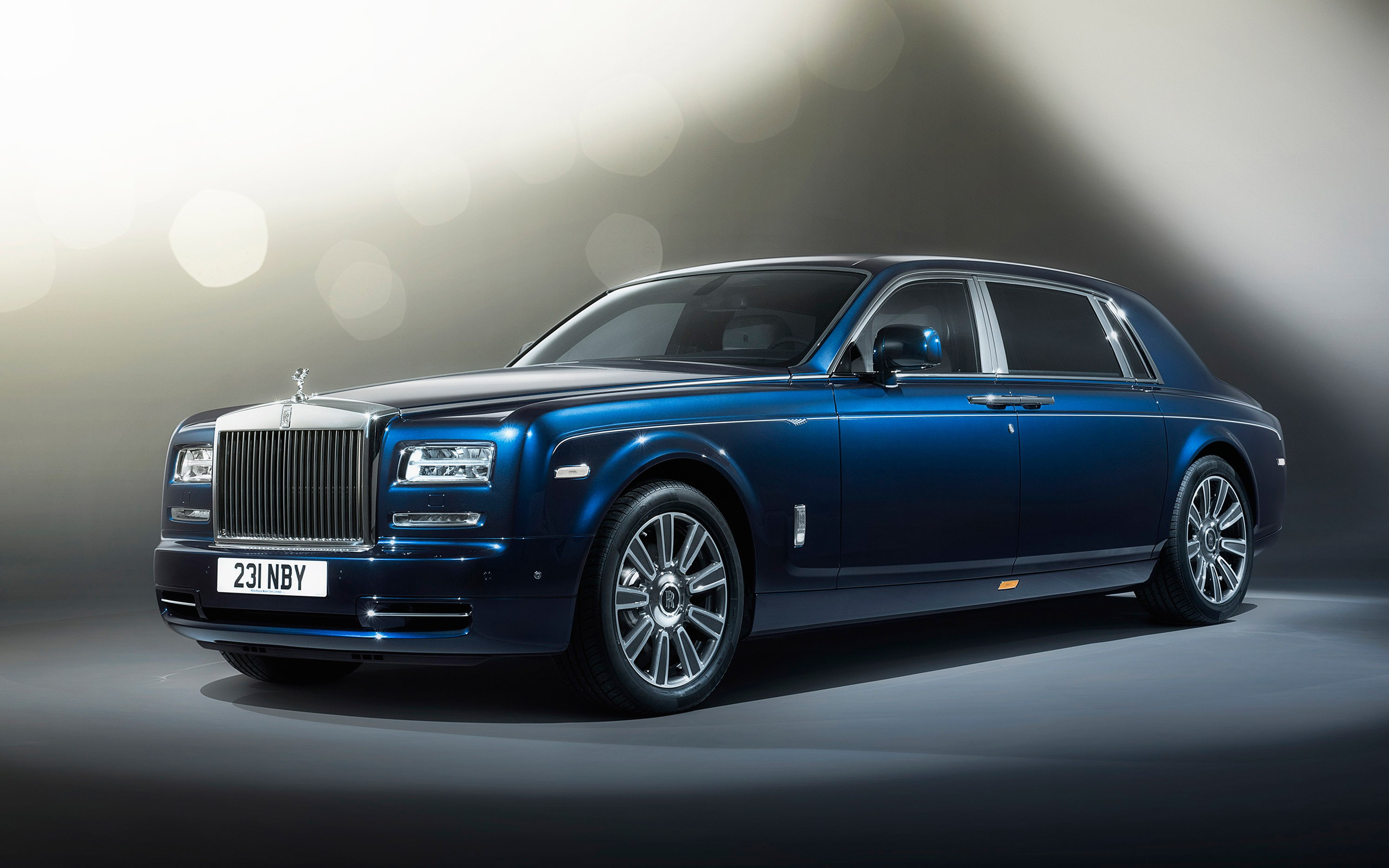 Rolls royce phantom photo - 5