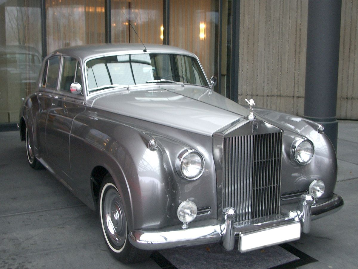Rolls royce silver photo - 1