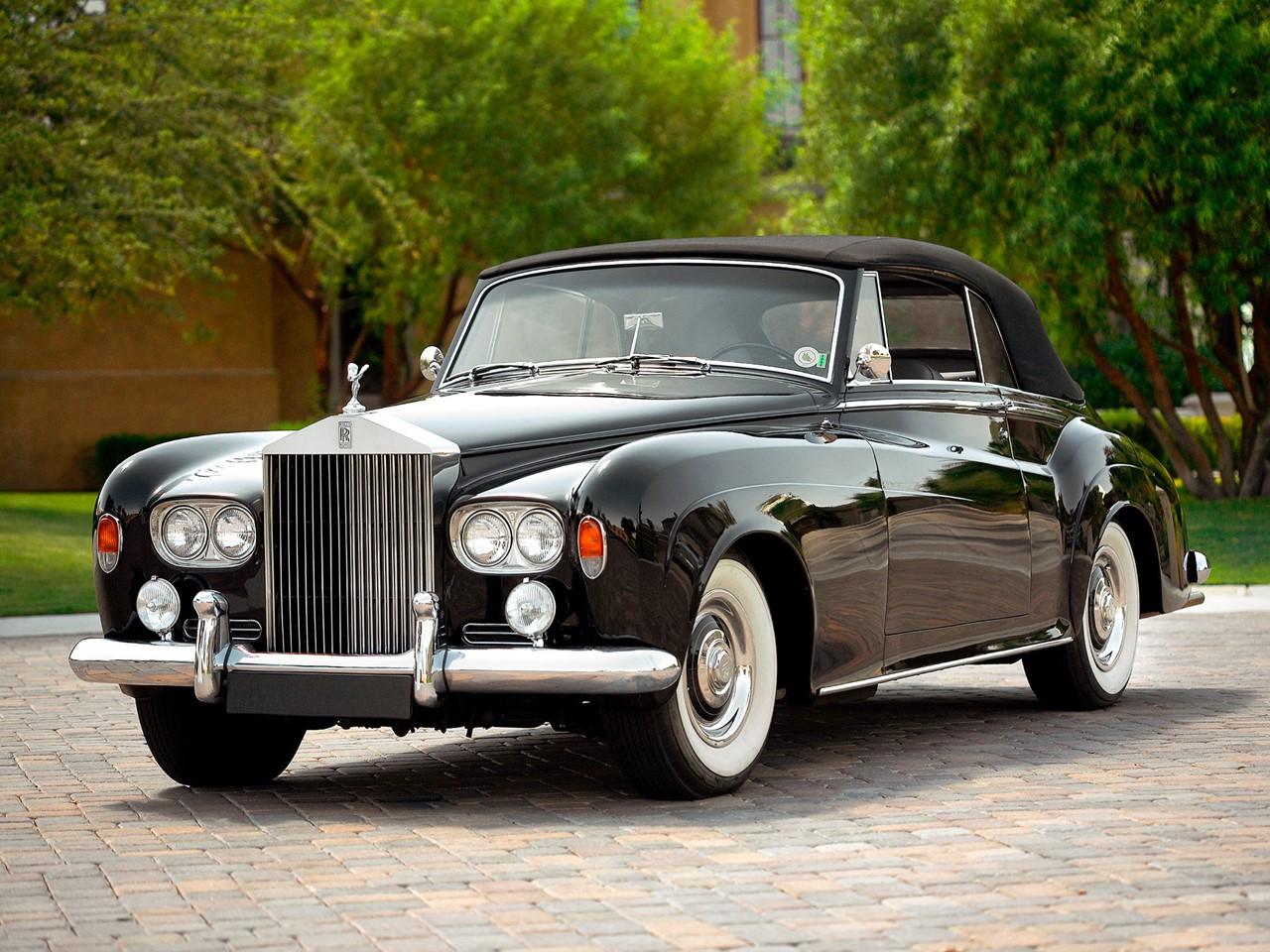Rolls royce silver photo - 9