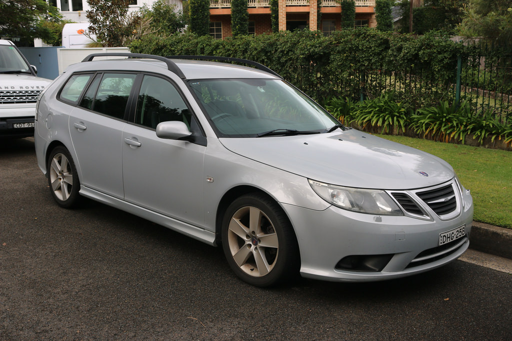 Saab wagon photo - 2