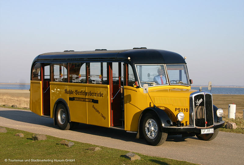Saurer postbus photo - 2