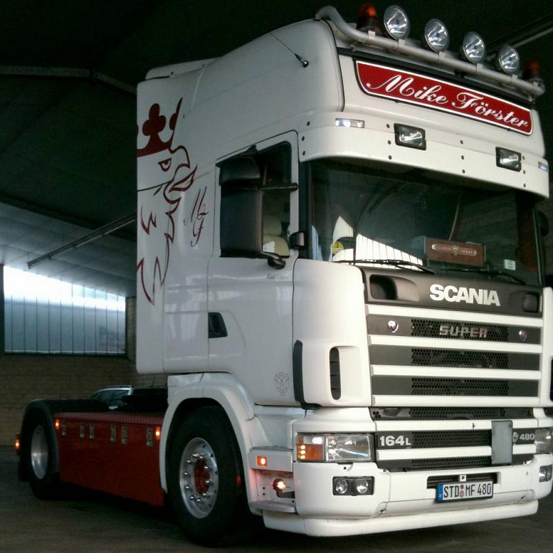 Scania 4-series photo - 1