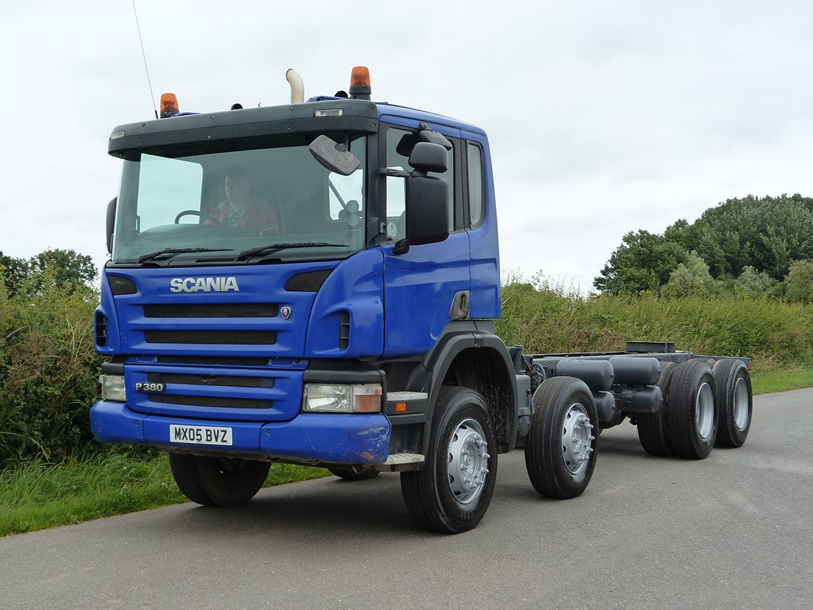Scania cab photo - 3