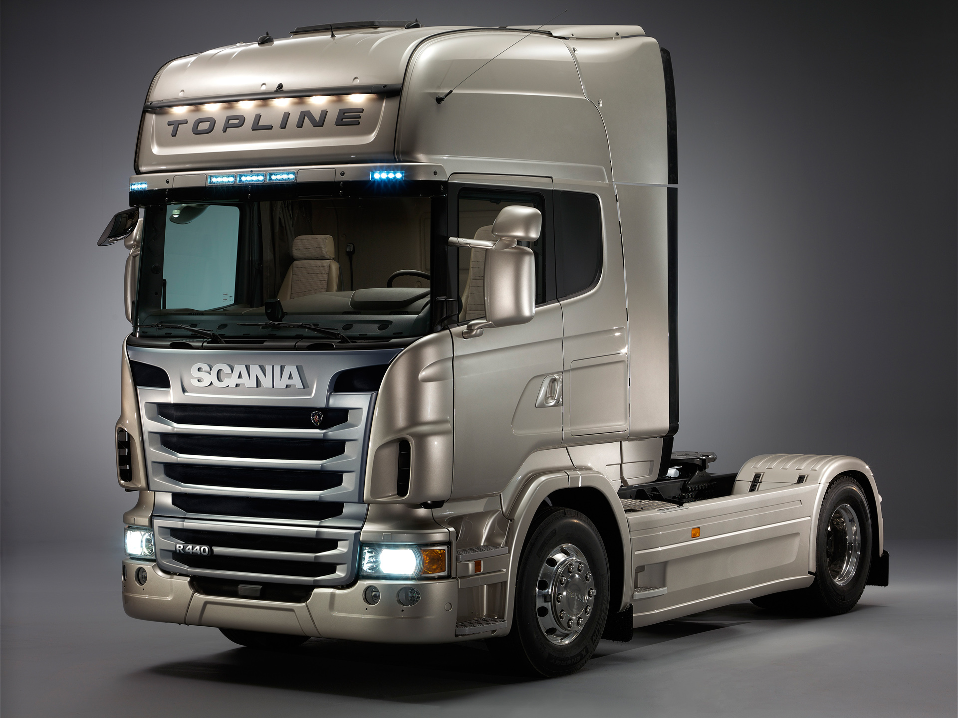 Scania r-series photo - 1
