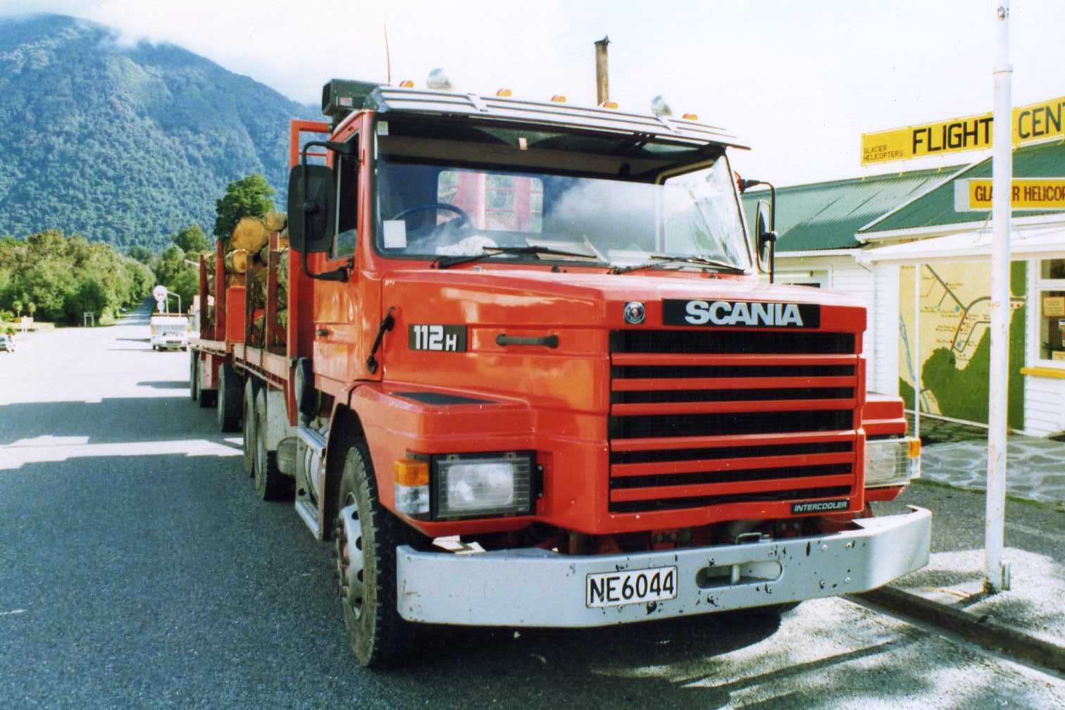 Scania t112h photo - 5