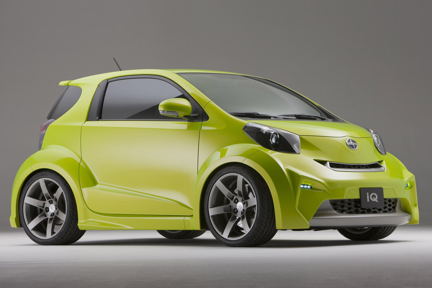 Scion iq photo - 8