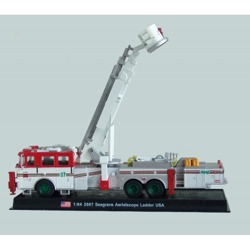Seagrave ladder photo - 5