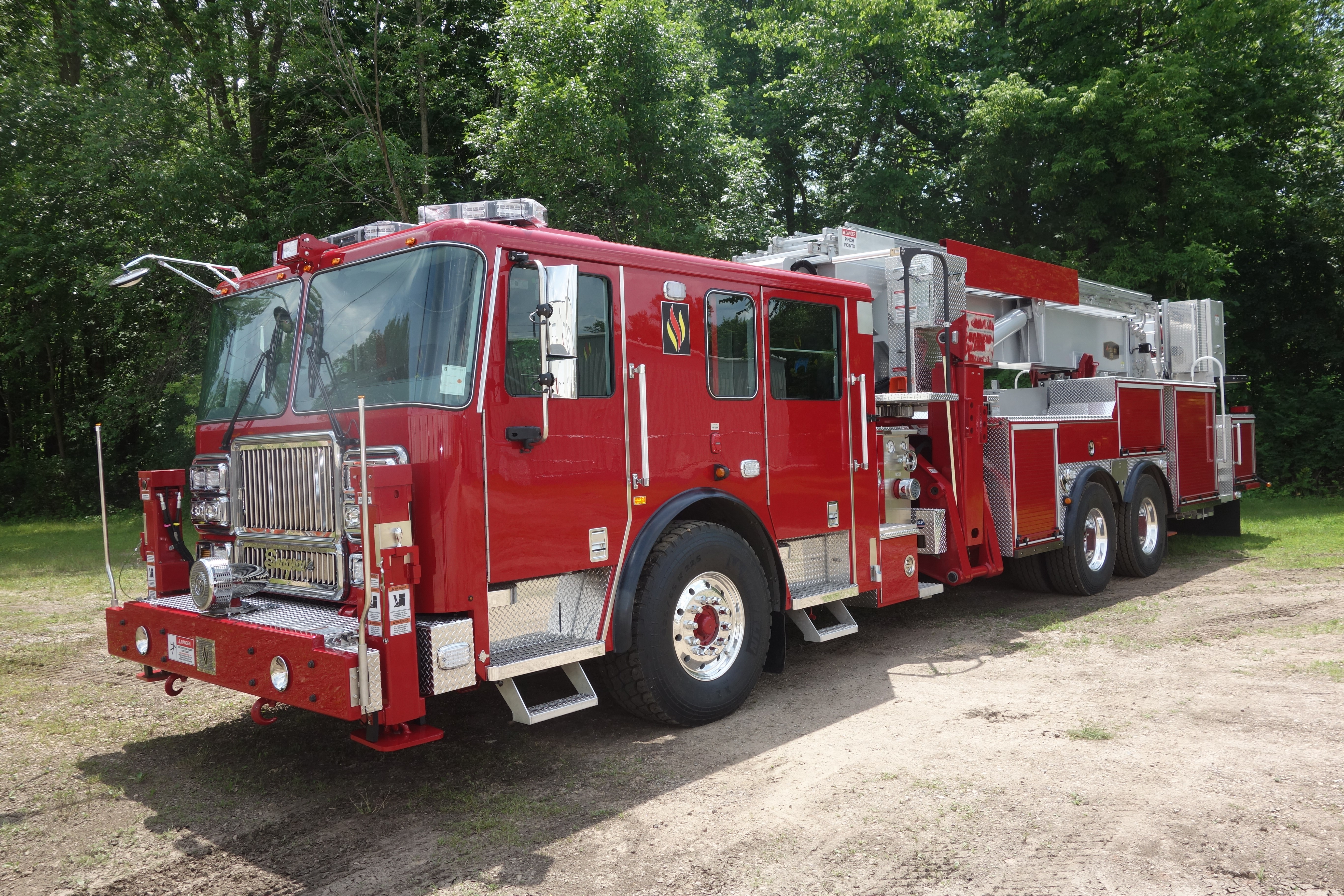 Seagrave ladder photo - 6