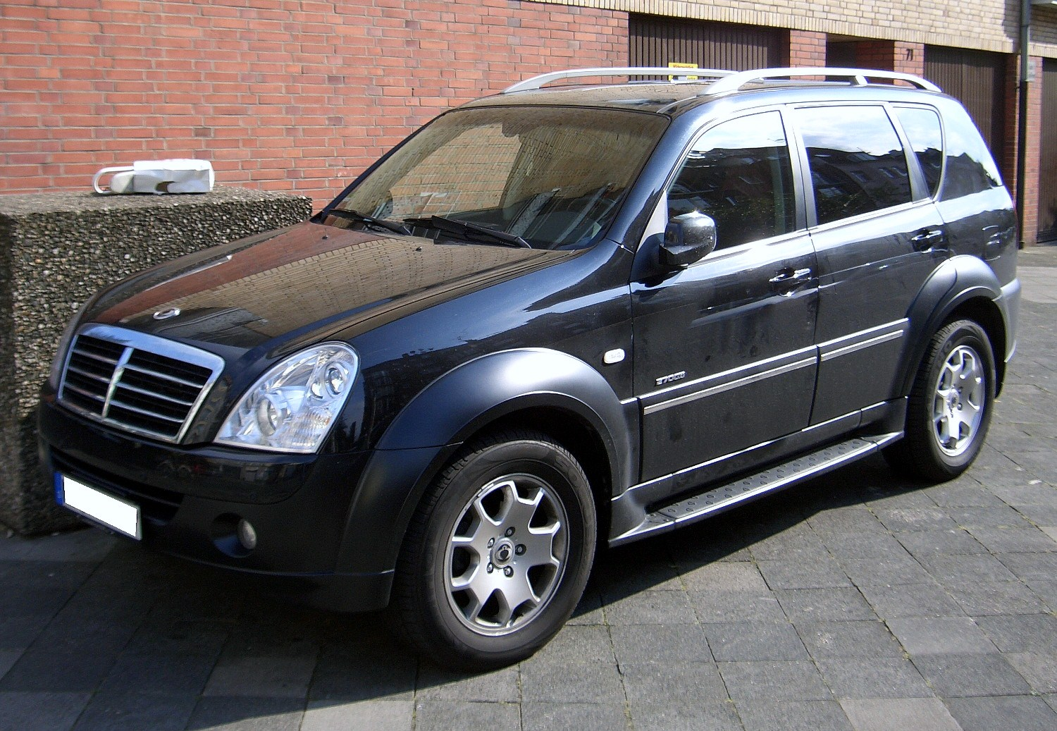 Ssangyong 270 photo - 3