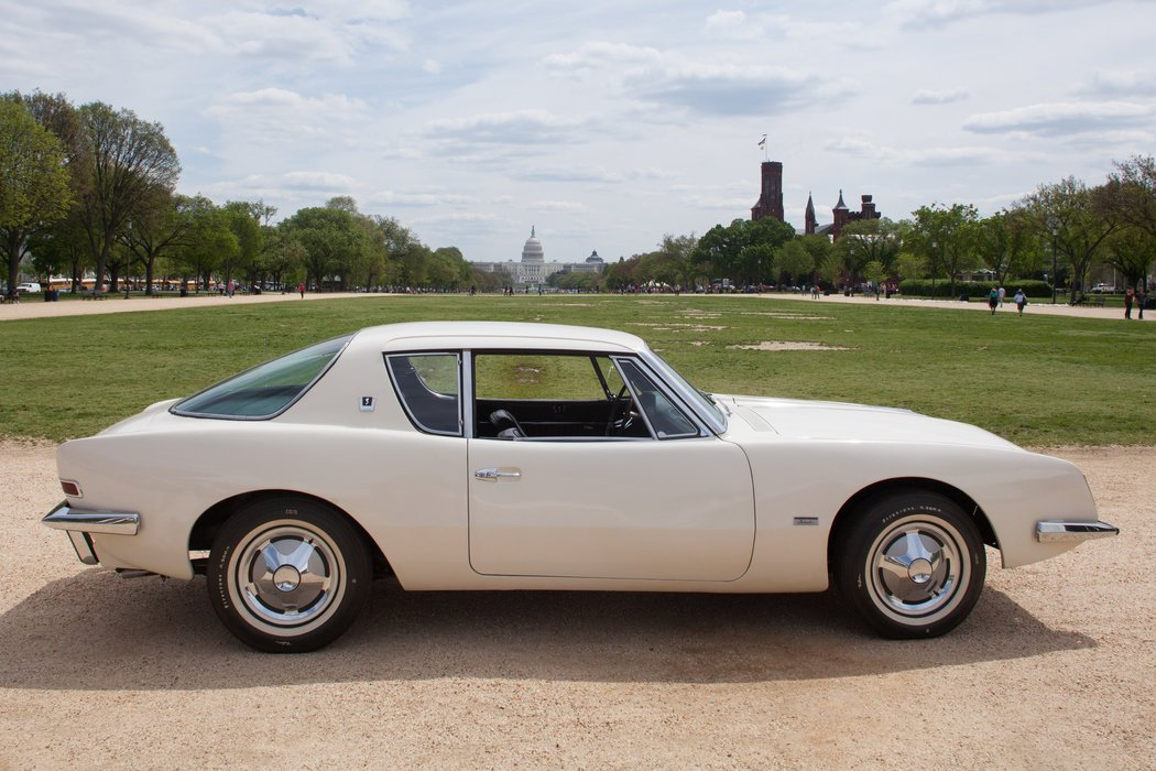 Studebaker avanti photo - 6