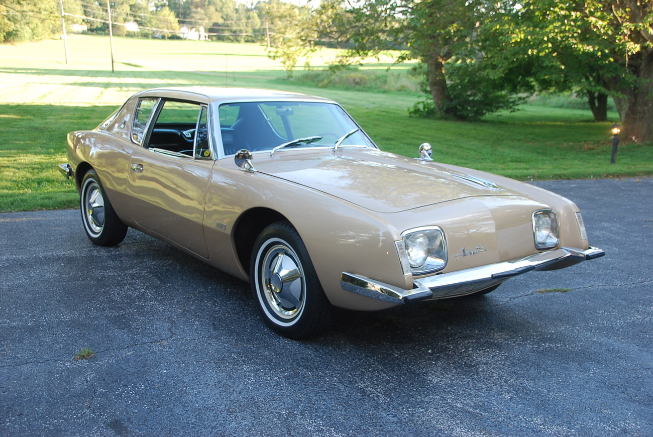 Studebaker avanti photo - 9