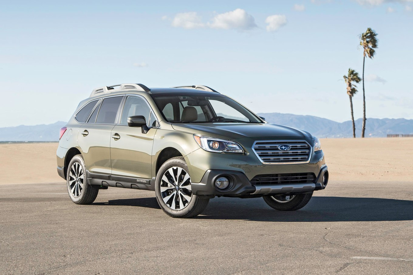 Subaru outback photo - 1
