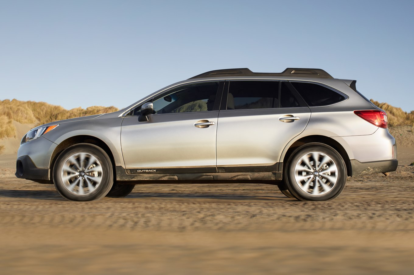 Subaru outback photo - 2