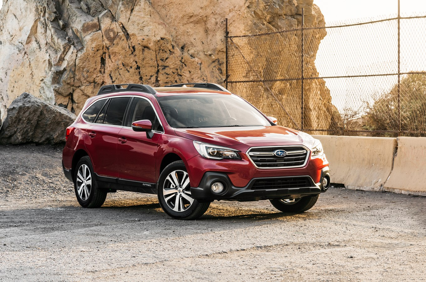 Subaru outback photo - 8