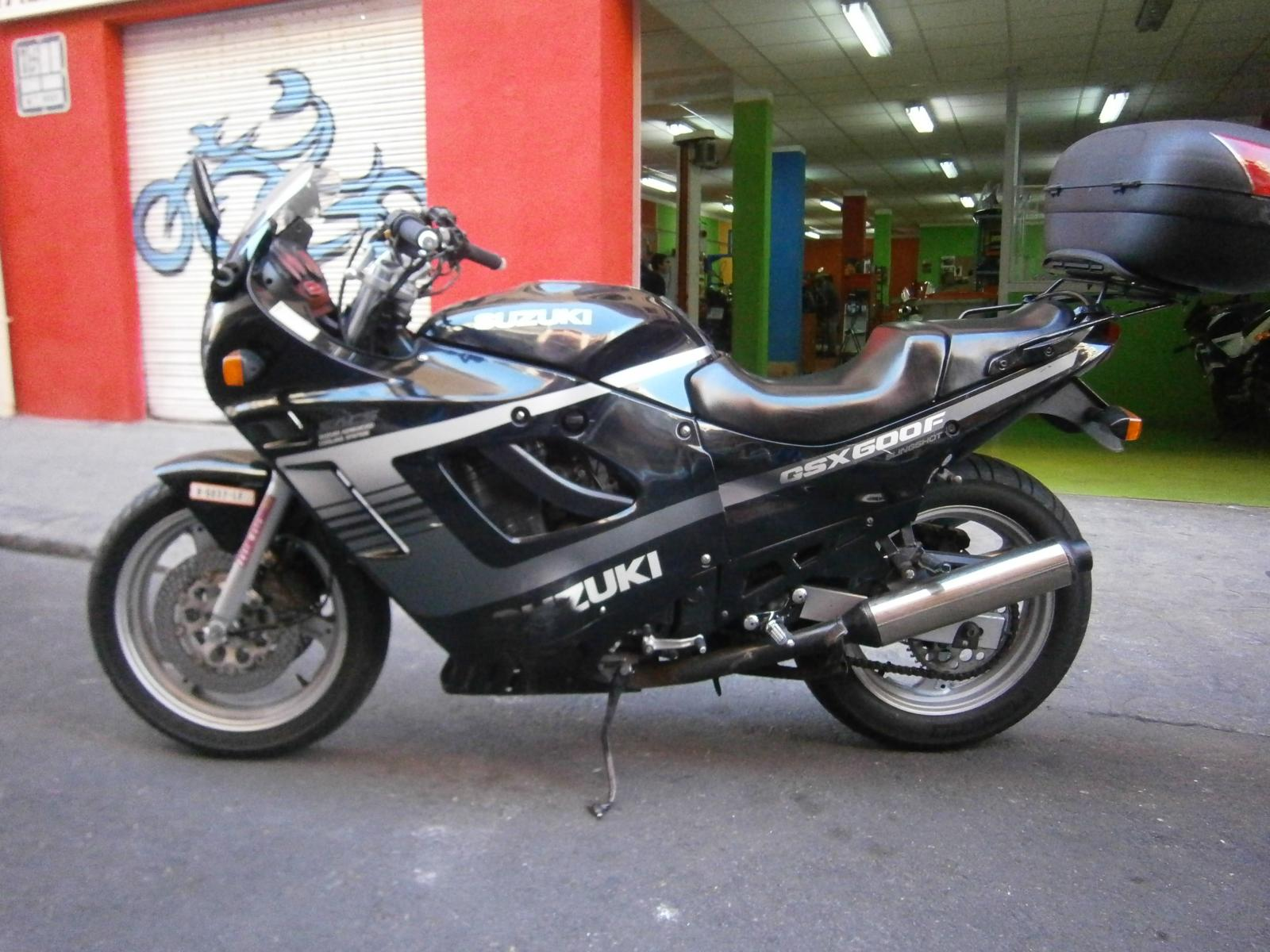 Suzuki gsx-f photo - 8