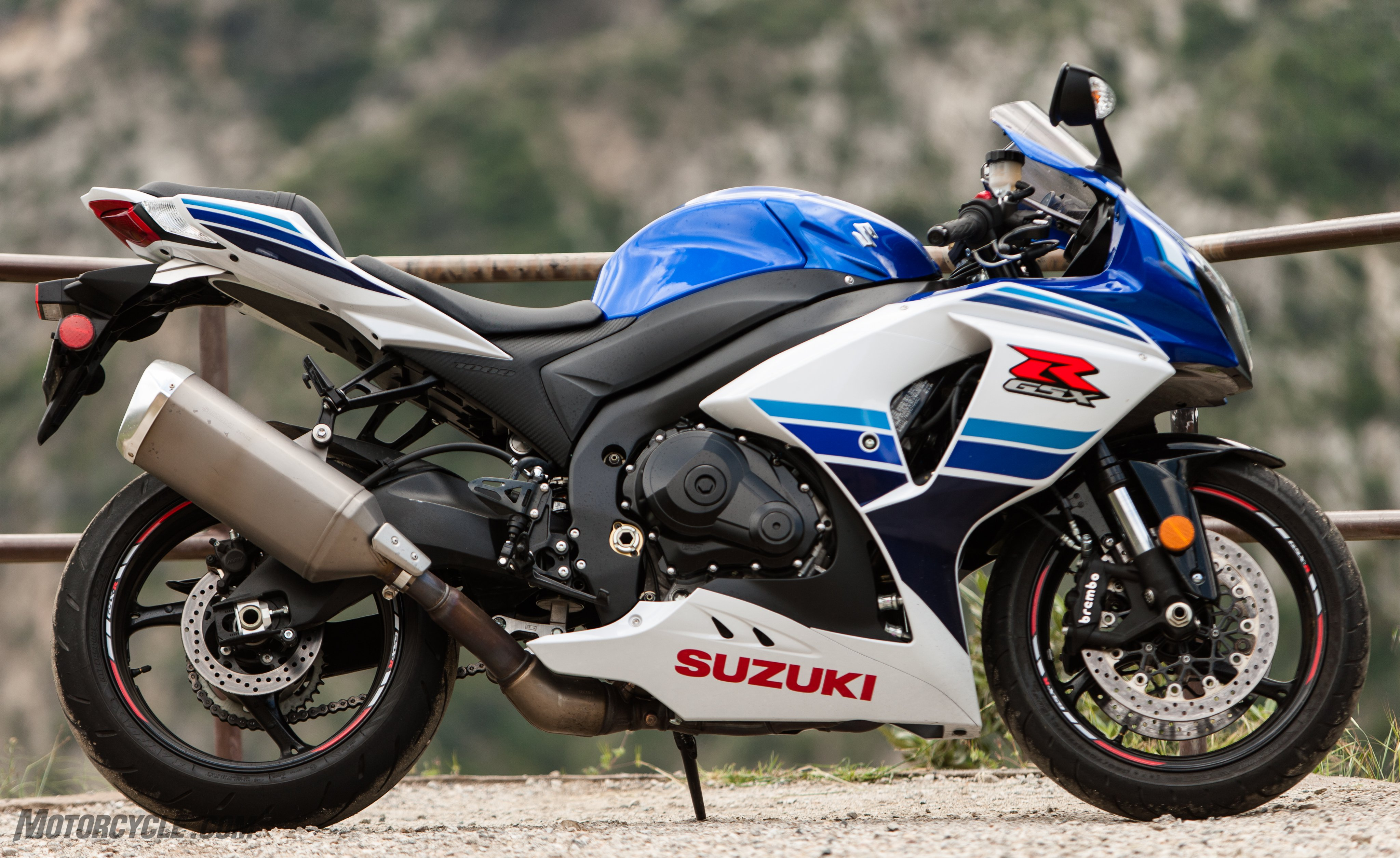 Suzuki gsx-r photo - 1