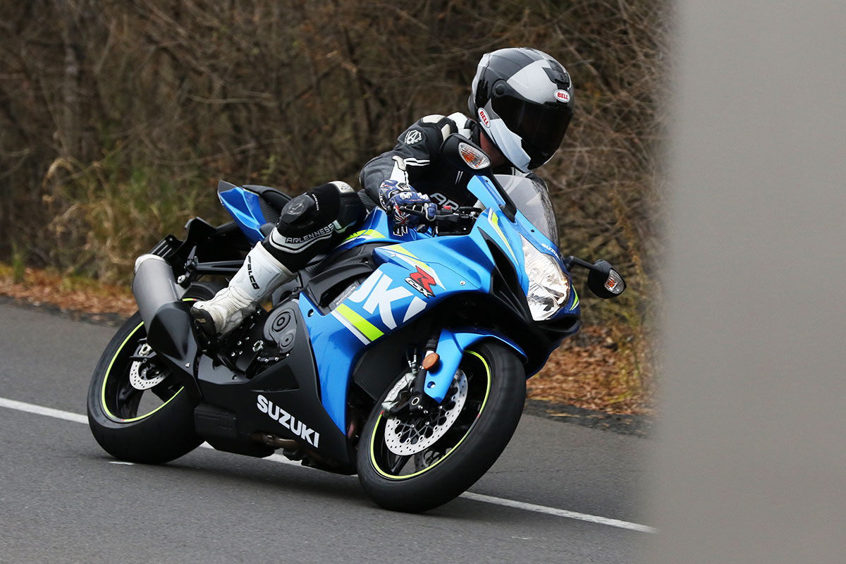 Suzuki gsx-r photo - 10