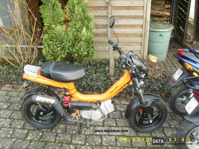 Tomos youngst photo - 6