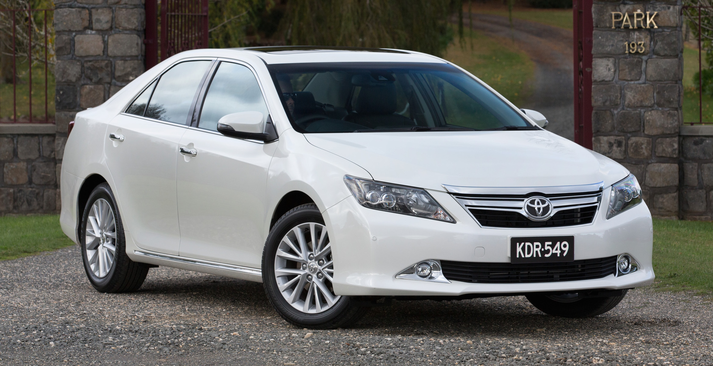 Toyota aurion photo - 1