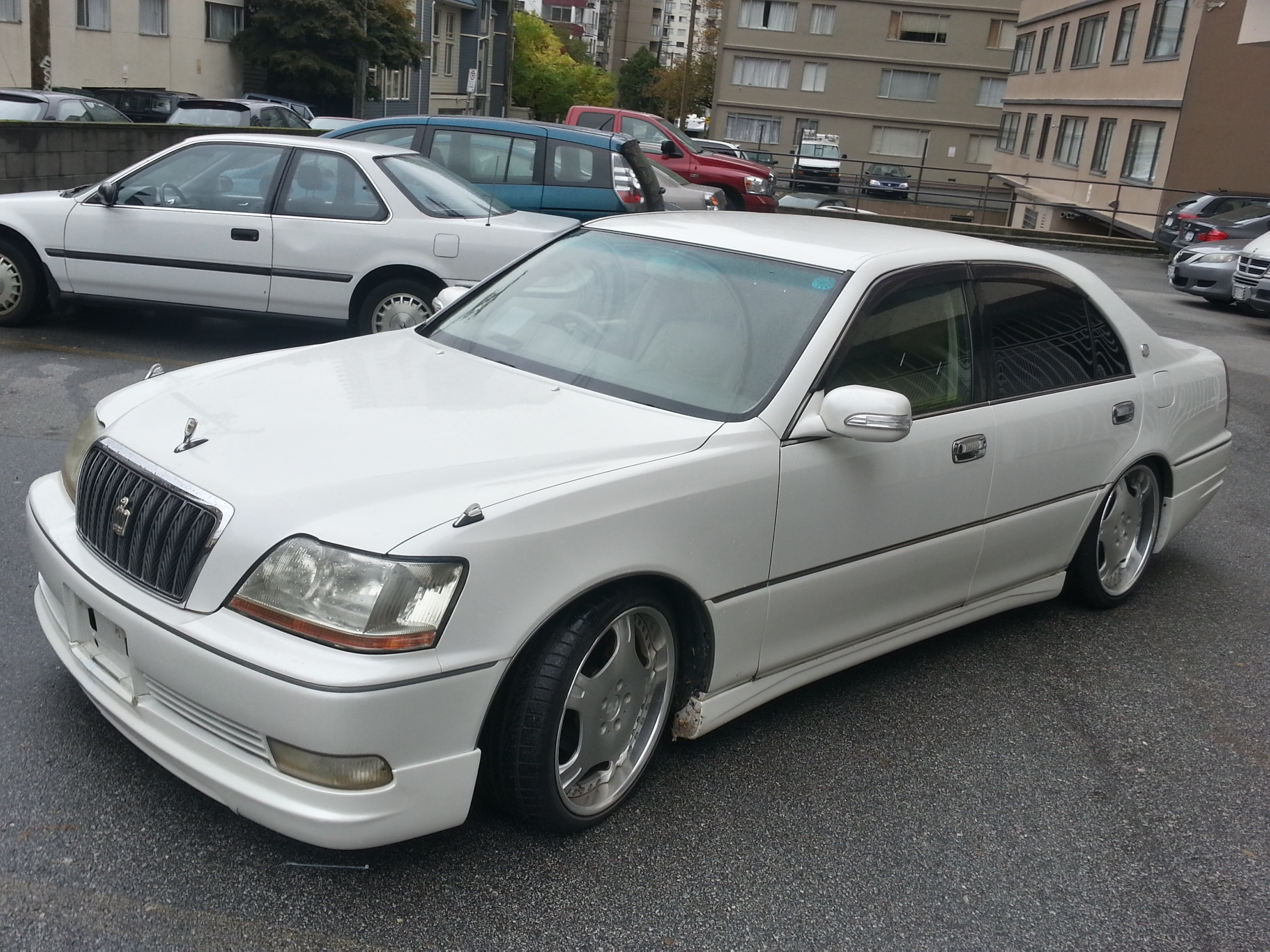 Toyota crown photo - 3