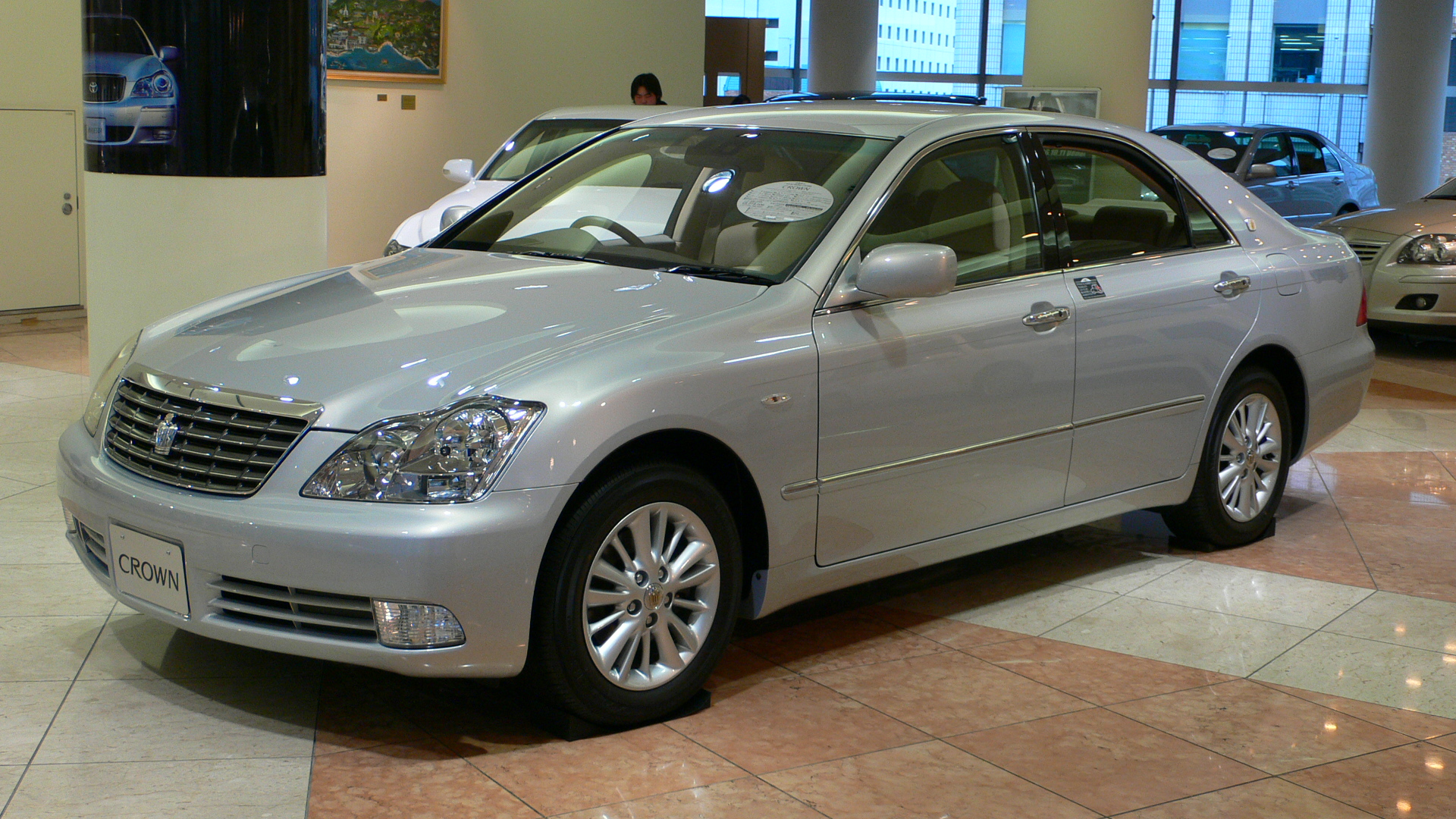 Toyota crown photo - 7