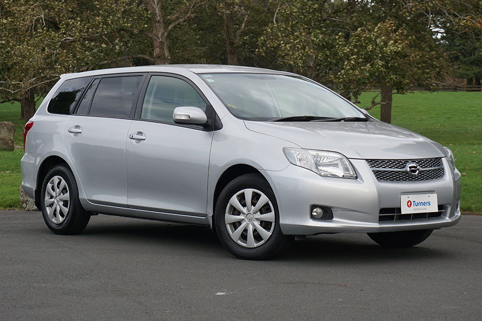 Toyota fielder photo - 2