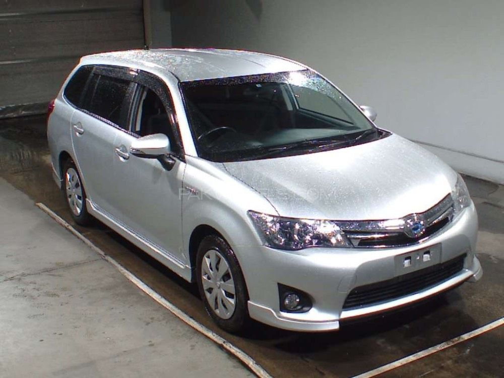 Toyota fielder photo - 3