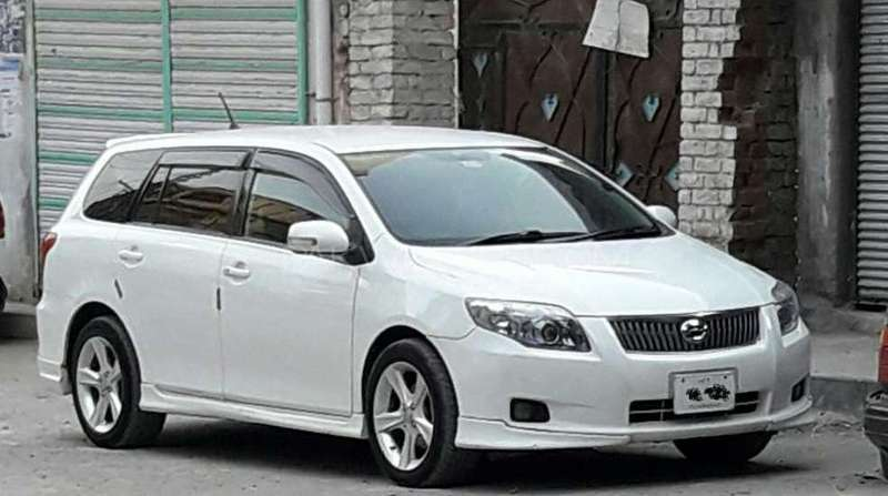 Toyota fielder photo - 7
